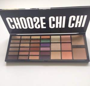 Choose Chi Chi Extravaganza Face Palette Review